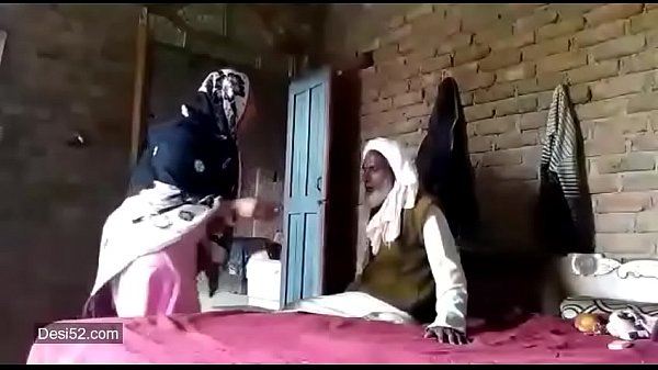 Pakistani old father and his daughter mms sex tape