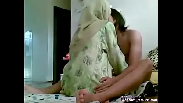 Virgin Muslim girl hidden sex tape